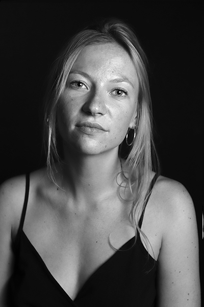 HEADLEY Lara